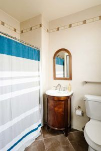 Bungalow's bathroom at Freehand Hotel Miami