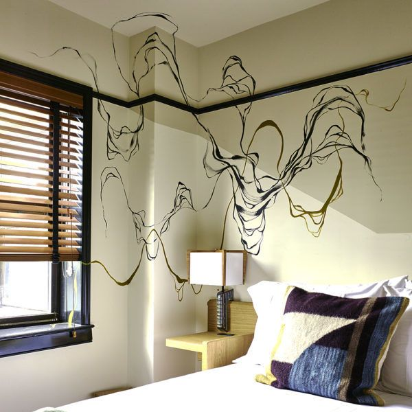 Painted wall in a room of Freehand Hotel New York